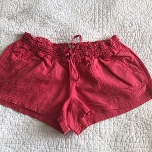 ❤️bundle sale 3 shorts and 2 tops❤️